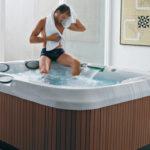 Mini-basen SPA Jacuzzi® J-315 dla trzech osób