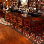 Pub w Dublinie - mozaika z płytek kamionkowych Winckelmans