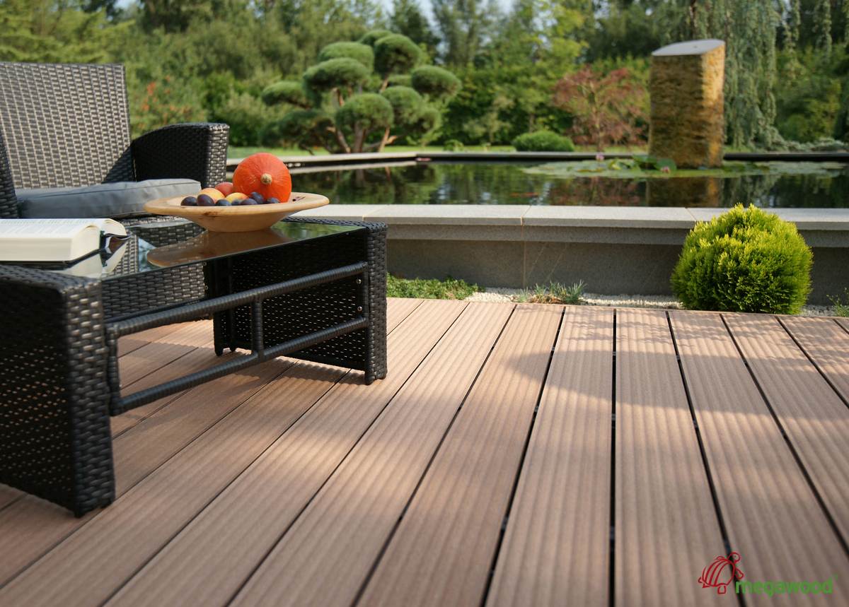 deski kompozytowe od megawood herbe luksusowe salony k pielowe azienki wanny i baseny. Black Bedroom Furniture Sets. Home Design Ideas