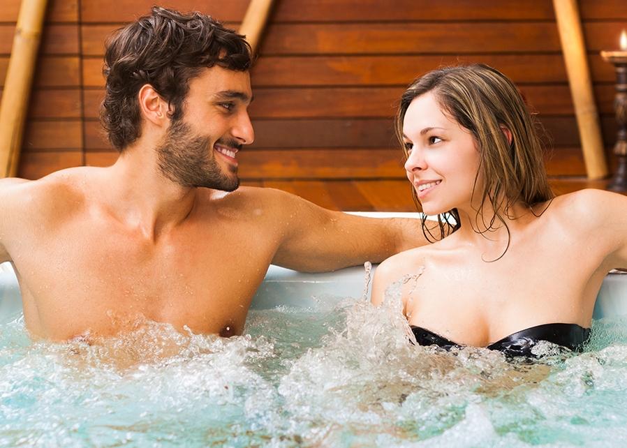 mini-basen-spa-z-hydromasazem-jacuzzi-herbec