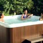 J-275 Mini-basen PROMOCYJNY Jacuzzi® 6 osobowy z 1 leżanką, wymiary: 229 x 229 x 93 cm